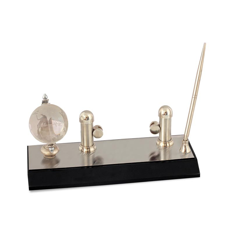 3 in 1 Rotating Globe, Clock, Pen Stand & Name Card Holder